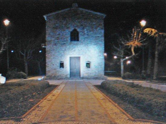 Seborga, Włochy: Oratorio by night