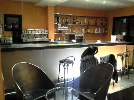 Hotel Arka: bar area