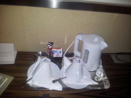 Grand Hotel Cavour: dettaglio camera standard
