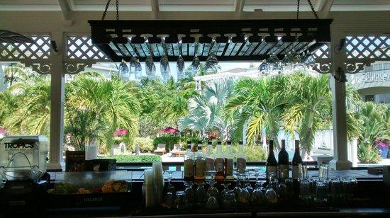 Royal West Indies Resort : Hotel pool bar (great bar meals too)