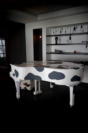 The Cambrian: piano