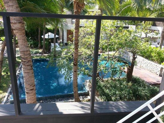 Putahracsa Hua Hin: View of pool from Sansky Villa roof terrace