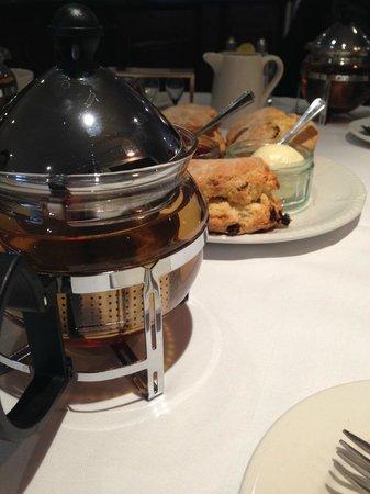 Brandshatch Place: Beautiful tea!