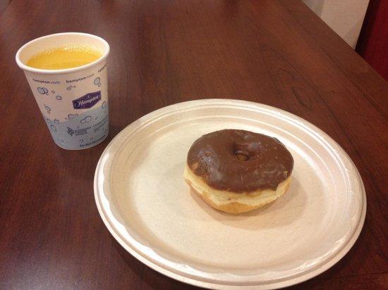 Hampton Inn Bentonville Rogers: Continental breakfast!