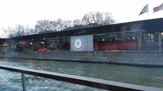 Bateaux Parisiens : .