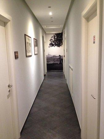 Domus Alberti: Corridoio