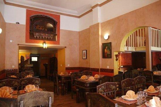 Le Bombay: Notre Salle