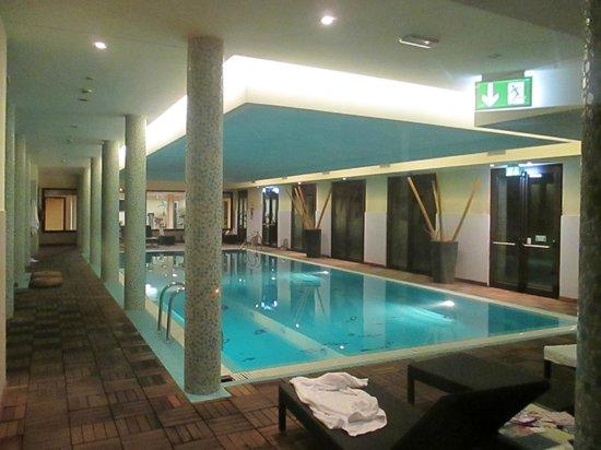 AS Hotel Cambiago: piscina