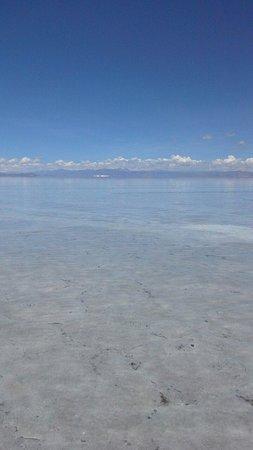 Salinas Grandes: Las visitamos en febrero y estaban inundadas, con 15 cm de agua, un encanto mas a este hermoso p