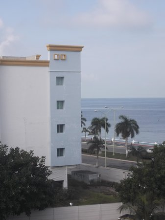 Gamma by Fiesta Inn Campeche Malecon : Vue de notre chambre 309 - 8 février 2014