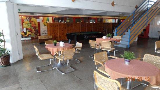 Alberghi Marilleva: Hotelts bar #2