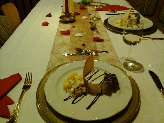 Berghotel Sonnenklause: Candle light Dinner