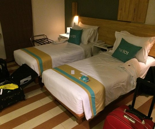 The ONE Legian: Superior Twin Share Room