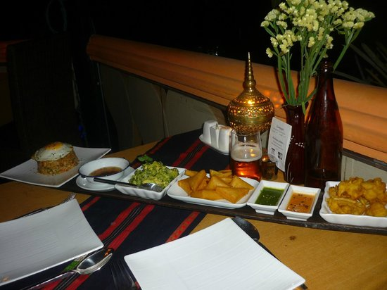 ViewPoint Lodge & Fine Cuisines: diner tapas