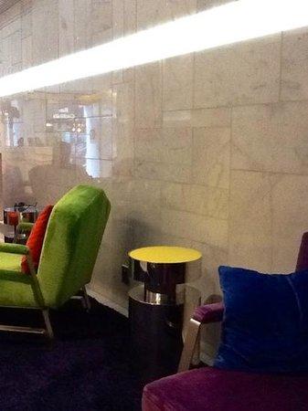 Cristal Champs Elysees: Recepção