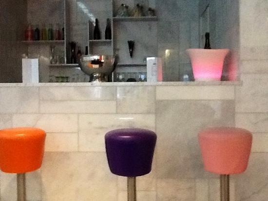 Cristal Champs Elysees: Bar