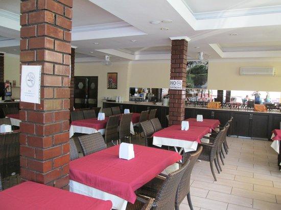 Dynasty: Dinning area