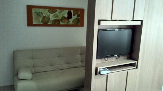 Hotel The Sun: Tv set/
