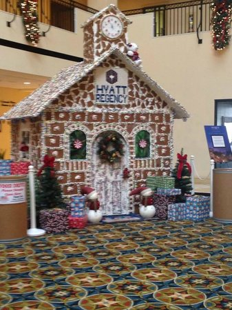 Hyatt Regency Savannah: Christmas deco