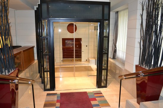 K+K Hotel Maria Theresia: hall d'entrée