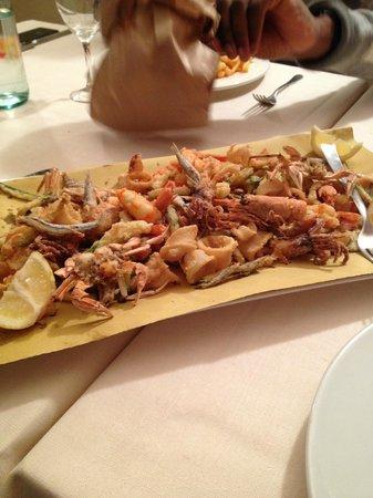 Hotel Villa Rosa Riviera: Frittura di pesce