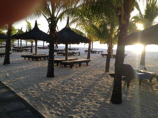 Beachcomber Paradis Hotel & Golf Club : plage de reve sur le lagon