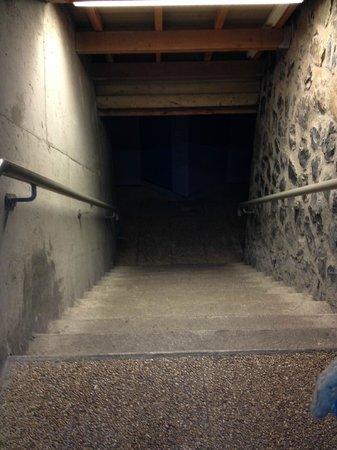 Belambra Clubs - Le Chambourguet : Des couloirs glacials pour l'accès aux chambres ...