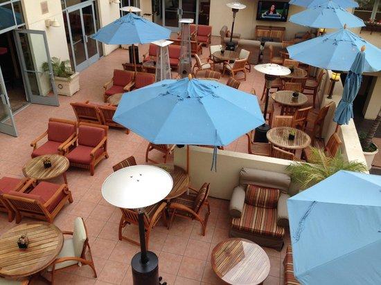 JW Marriott Santa Monica Le Merigot : Outdoor terrace