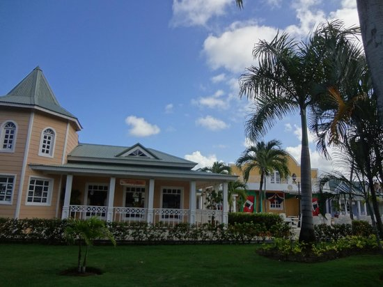 Grand Bahia Principe El Portillo: Showbühne