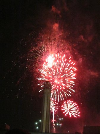 National World War I Museum and Memorial: Fireworks over the memorial
