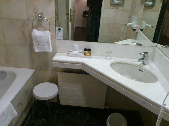 Eden Hotel Wolff: Ванная комната