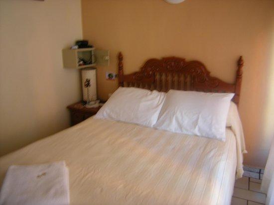 Hotel Bucaneros : Room
