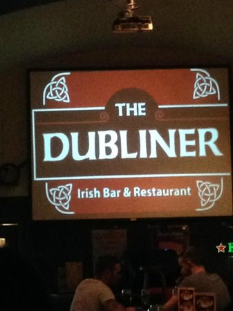 The Dubliner Irish Pub: Big screen for those sporting events.