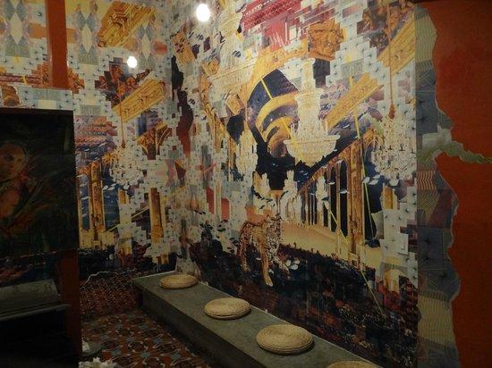 Tantalo Hotel / Kitchen / Roofbar: Hal van het toilet.