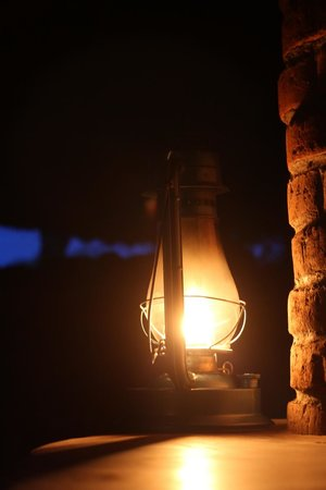 Naitolia Eco-Lodge: No electricity, kerosene lantern