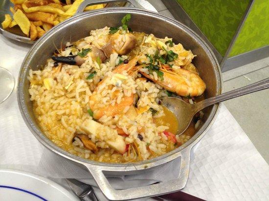 Restaurante Rio Coura: delicious seafood rice...
