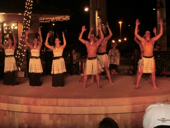 Te 'E'a O Te Turama Hula Halau: New Zealand dance