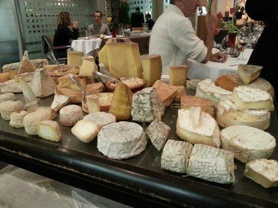 L'Ambassade: plateau de fromage