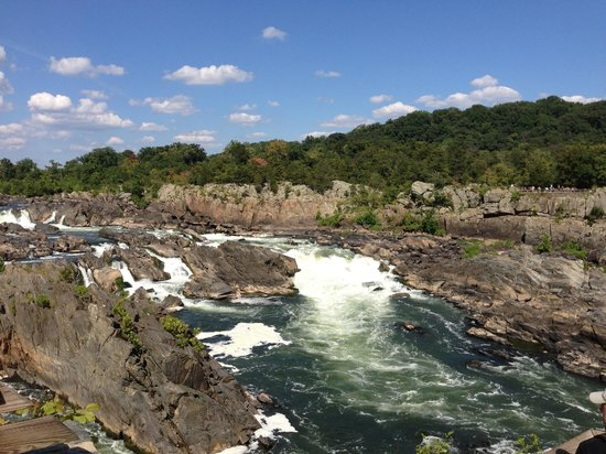 Great Falls Park : you should see it in person!