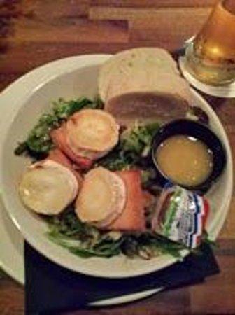 Plein Cafe Wilhelmina: Voorgerecht Salade met geitenkaas