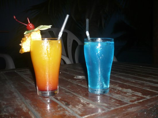 Hotel Les Tipaniers : Cocktail offert pour notre voyage de noce