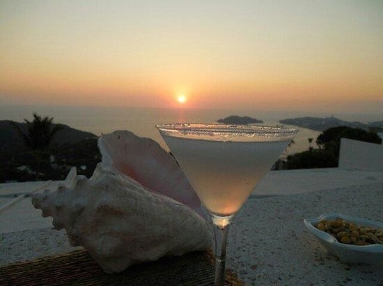 Las Brisas Acapulco: Sunset Bar