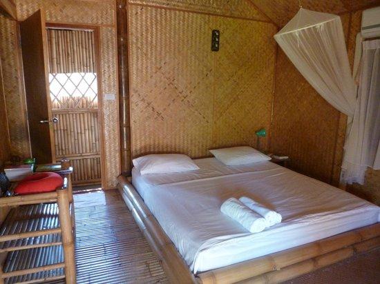 Bamboo Heaven Home: la chambre