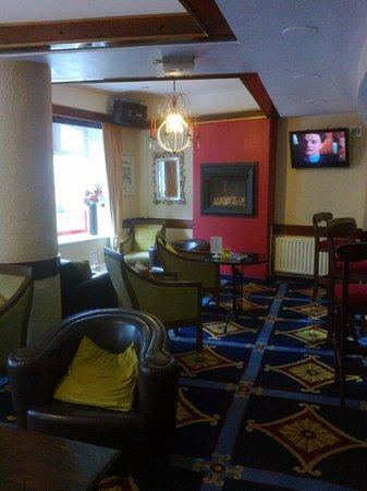 Ashley Hotel: hotel's bar