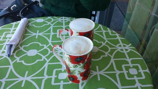 Around the World Cafe : Coffee!