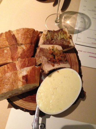 The Grill Room : bread and bone marrow