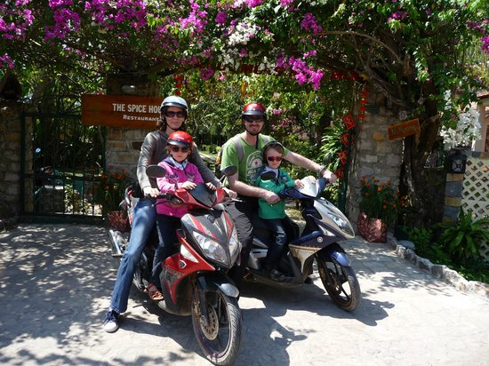 Cassia Cottage : Motor scooter tour impressions