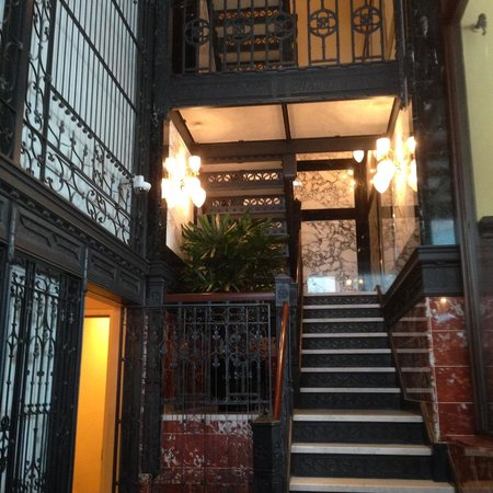 The Alise Chicago - A Staypineapple Hotel: Stairwell