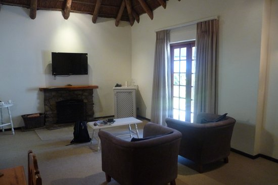 Knysna Hollow Country Estate: Fireplace!