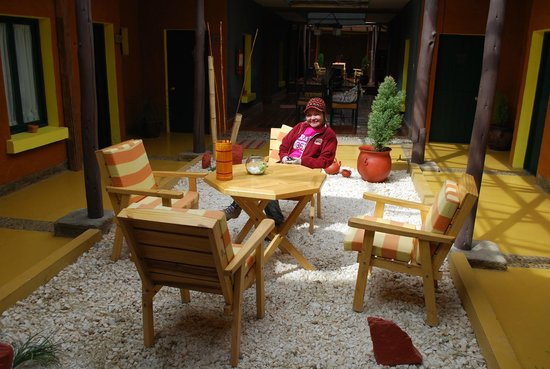Hotel Jardines de Uyuni : Jardim interno do hotel